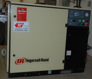 Ingersol Rand 25hp screw compressor